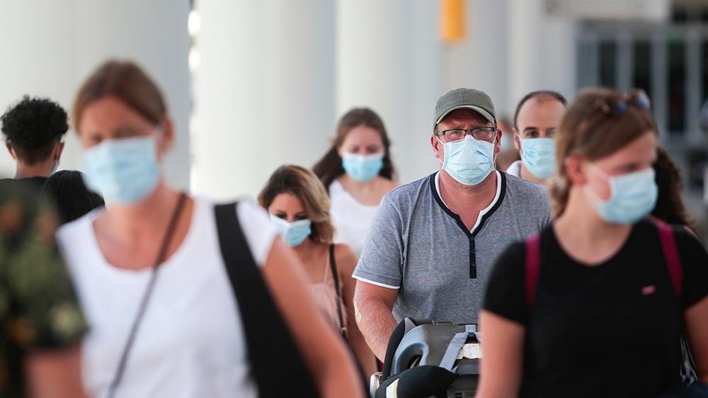 Το CDC Συστήνει εκ Νέου τη Χρήση Μάσκας σε Εσωτερικούς Χώρους από τους Εμβολιασμένους