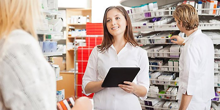 The comfort at the pharmacy is reflected collectively by material elements such as furniture or equipment, the reassuring attitude and the know-how of the team.