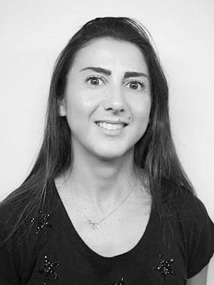 Βάνα Νικολαΐδου - Assistant Editor,ΧΑΡΑΜΗ ΑE